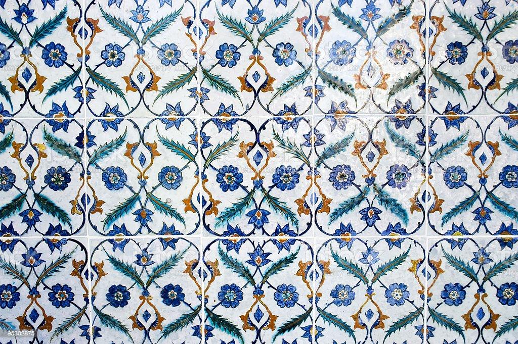 Detalhe da decoração árabe antigo de parede foto royalty-free