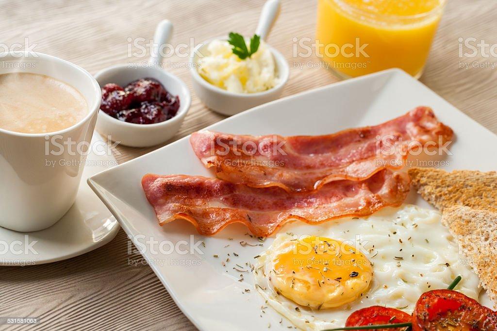 Détail du petit déjeuner continental. photo libre de droits