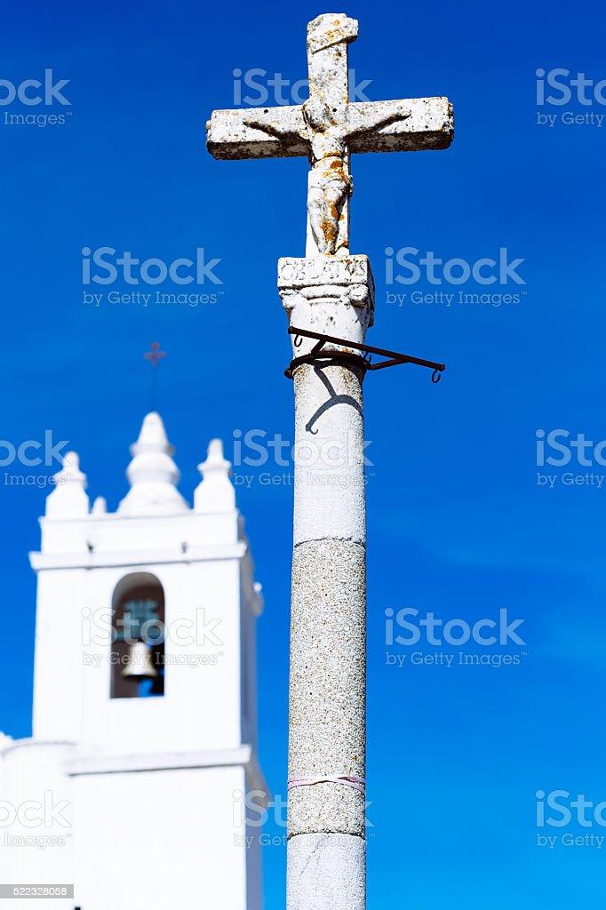 Detalhe do cruzamento, a Igreja da Assunção da Mary, Mertola foto royalty-free
