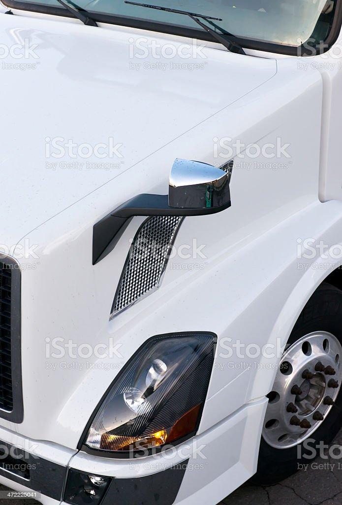 Dettagli della moderna camion semi bianco foto stock royalty-free