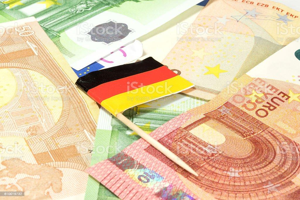 Deutsche Flagge und Bargeld stock photo