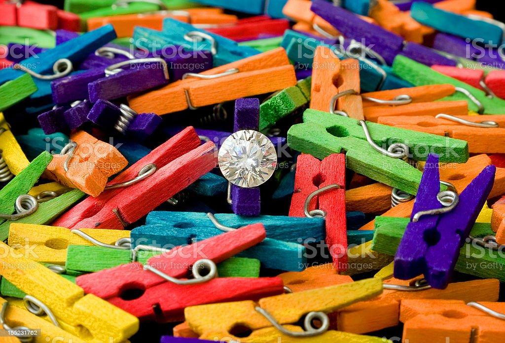 Diamond und farbenfrohe Clothespins Lizenzfreies stock-foto