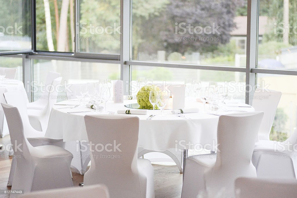 dinner table decoration on wedding - Tischdeko stock photo