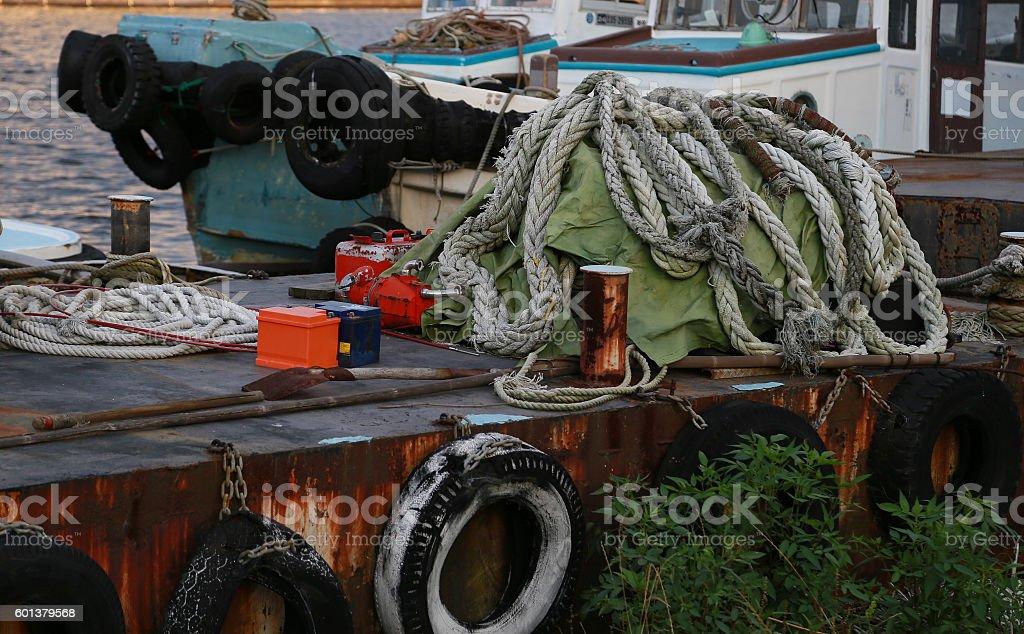 Disorderly scrapped ship foto de stock libre de derechos