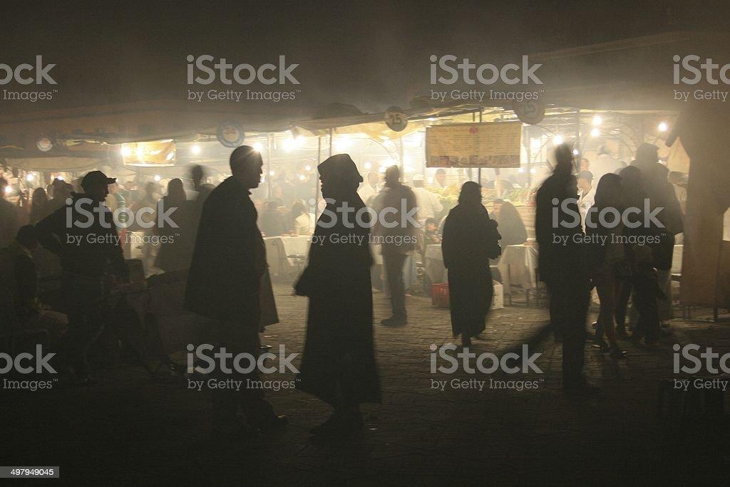 Dîner sur la place Jemaa el fna stock photo