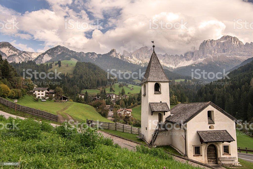 Dolomiti paesaggio di montagna trentino alto adige foto di for Arredamento trentino alto adige