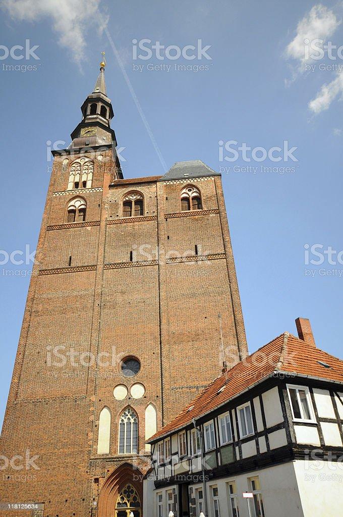 Dom und Fachwerkhaus in Tangermünde (Germany) stock photo