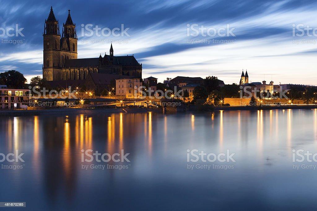 Dom zu Magdeburg St. Mauritius und Katharina am Abend stock photo