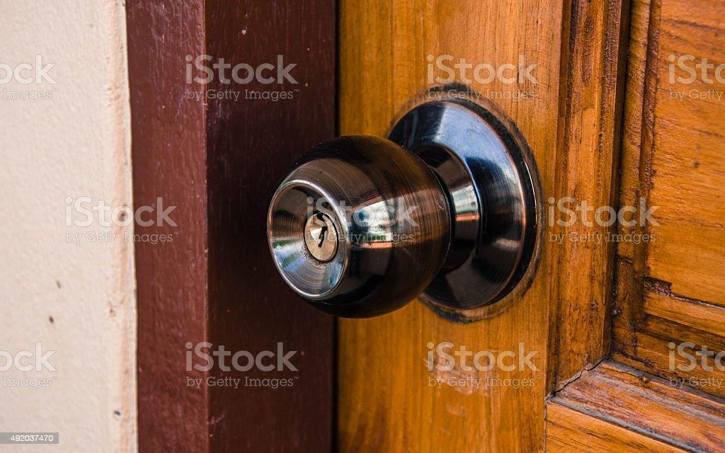 Bloqueo de puerta y mando de puerta foto de stock libre de derechos