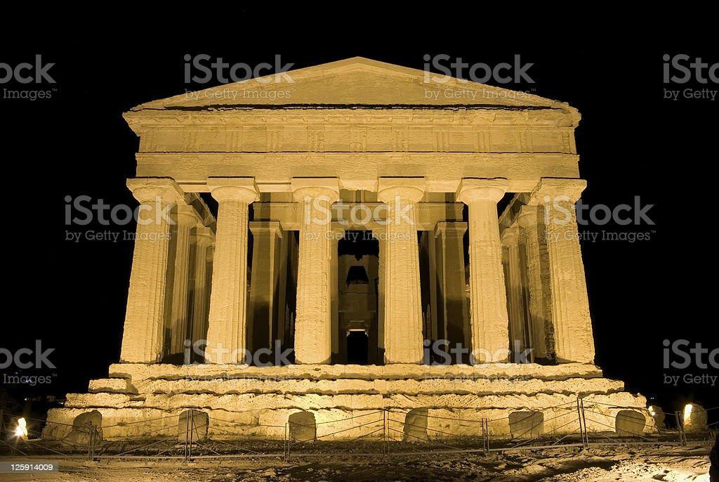 doric temple of Concordia in Agrigento (scene nocturnal) stock photo