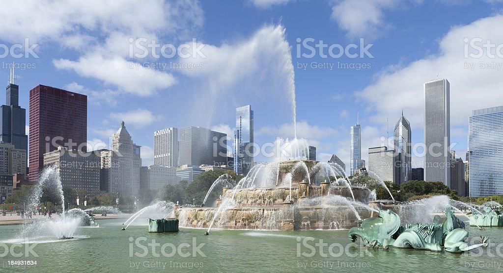 Downtown Chicago - Buckingham Fountain stock photo