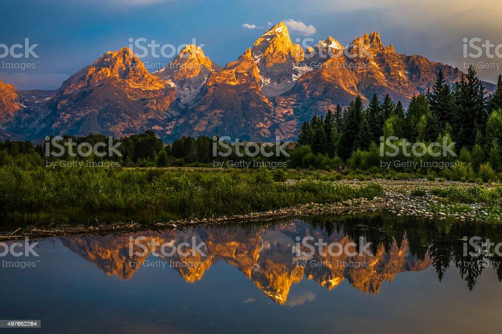 Nascer do sol dramático Grand Teton - fotografia de stock