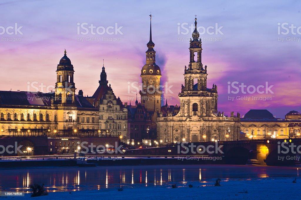 Dresden im Winter bei Nacht stock photo