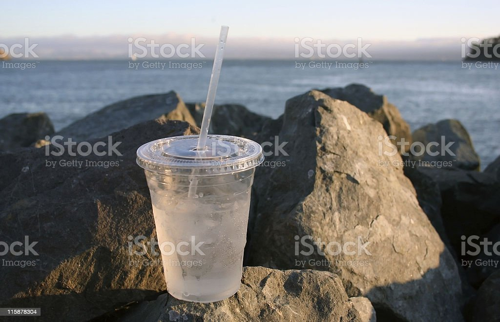 Eau potable l'eau de mer photo libre de droits