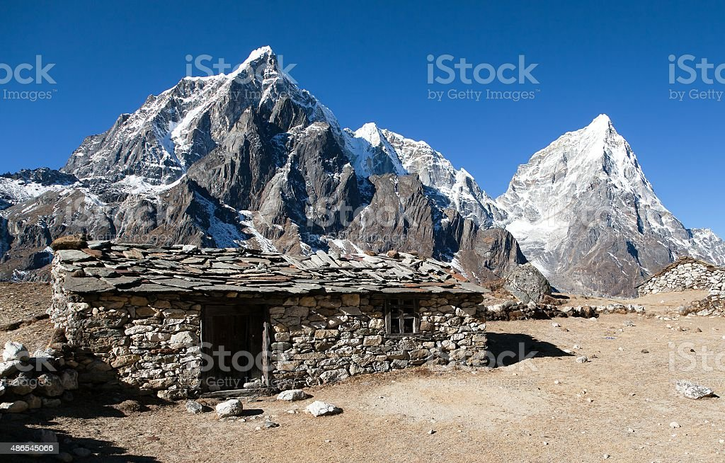 Dusa village on the way to Mount Everest base camp stock photo