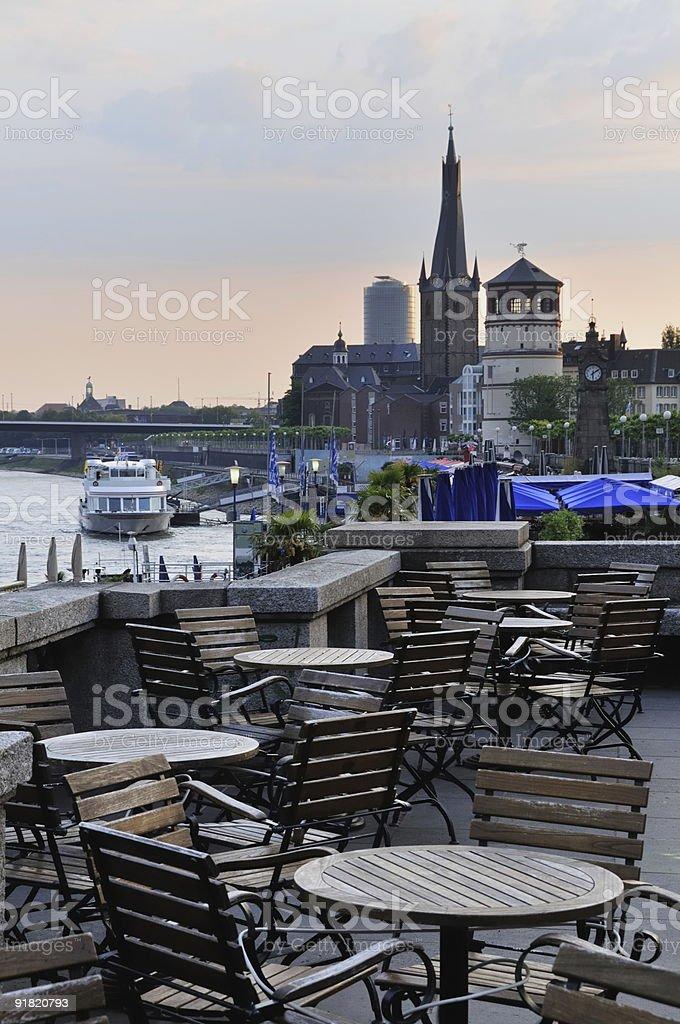 Dusseldorf mar al amanecer foto de stock libre de derechos