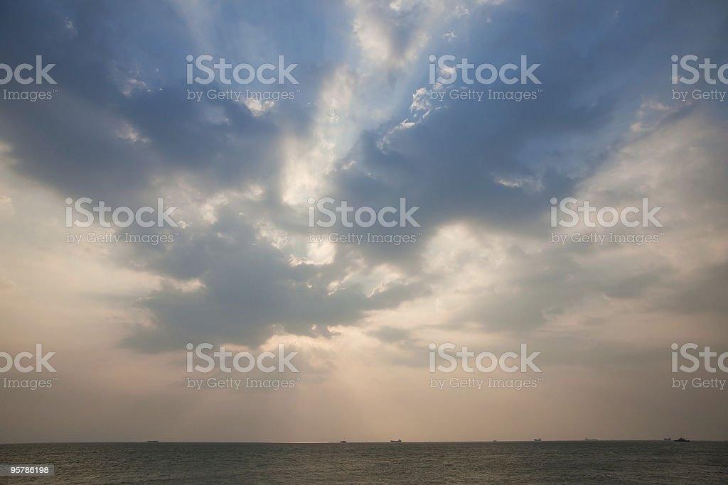 Dynamic tarde Sky foto de stock libre de derechos