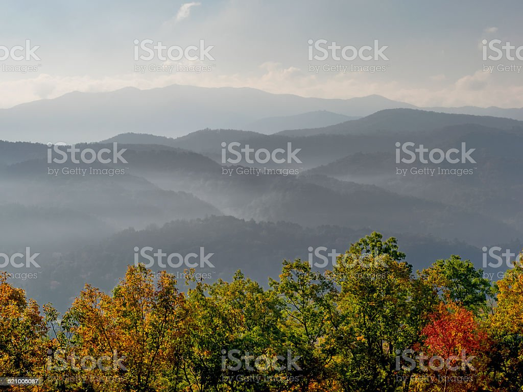 Early Morning over Great Smoky Mountains at Autumns's Peak Color stock photo