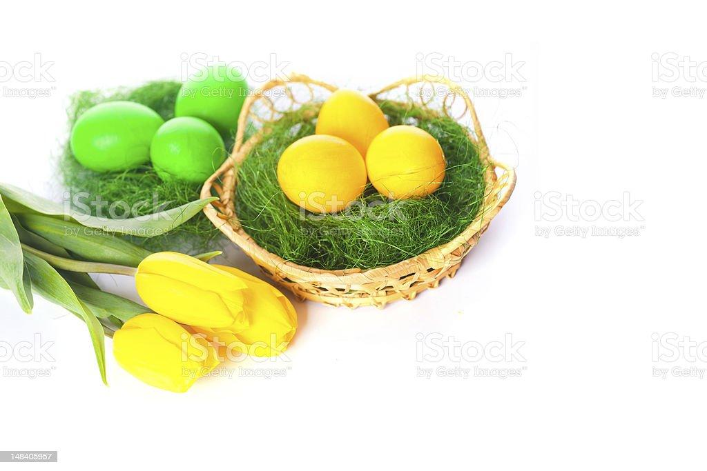 Ostern Eier und Tulpen Lizenzfreies stock-foto