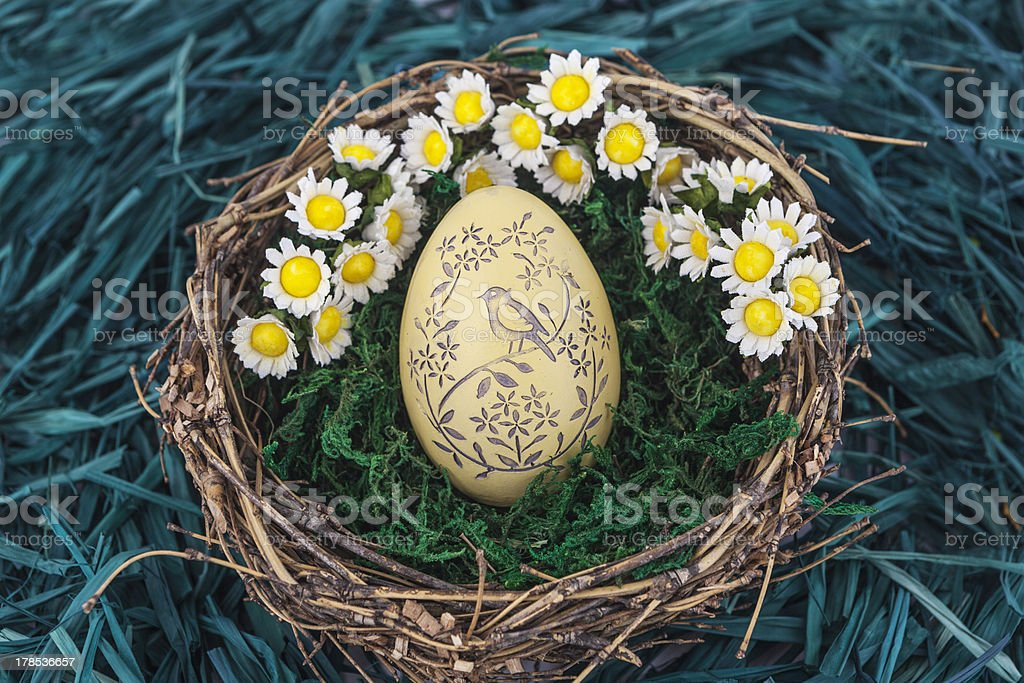 Easter eggs with daisy royalty-free stock photo
