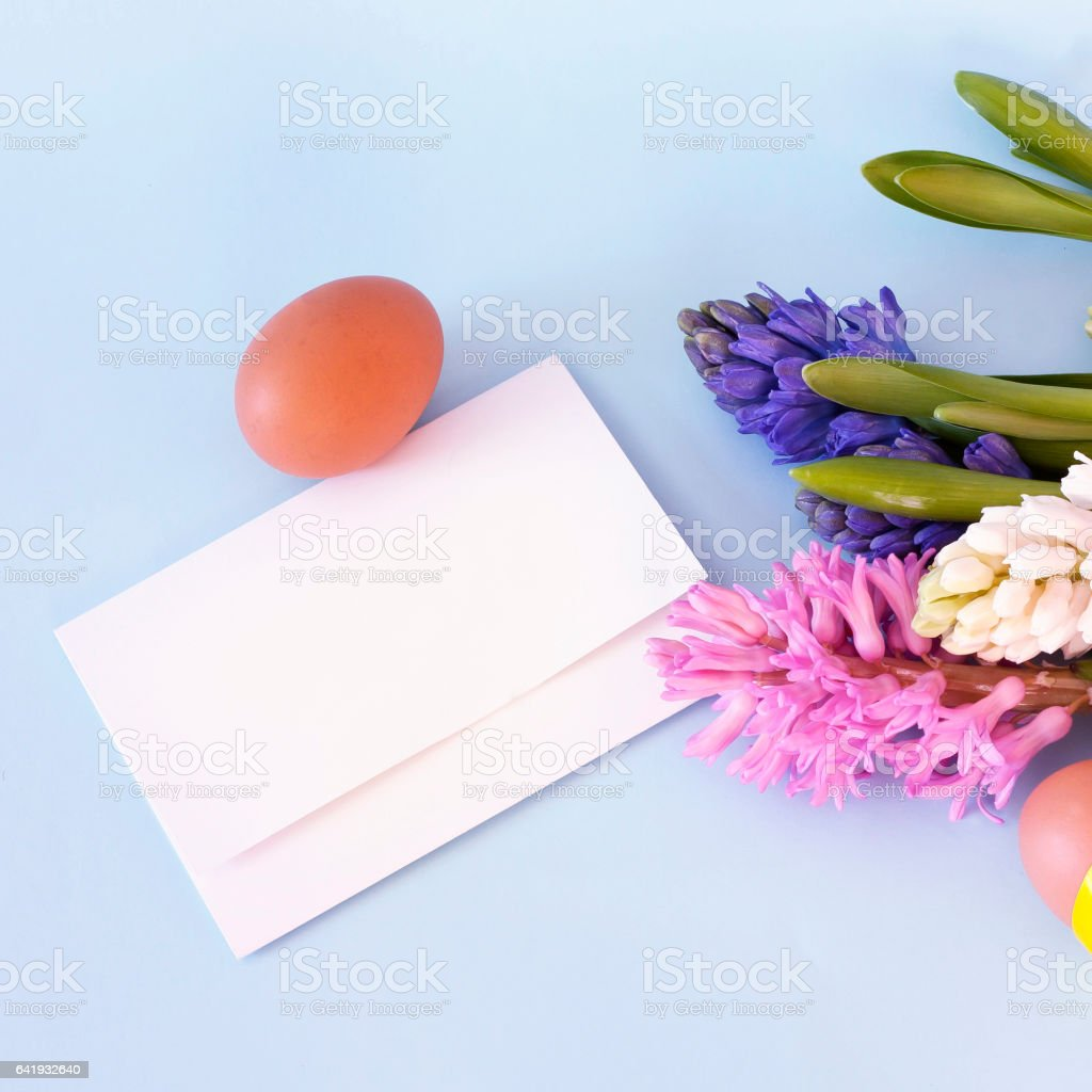 Easter Greeting Card Template With Hyacinth Flowers And Eggs stock – Easter Greeting Card Template