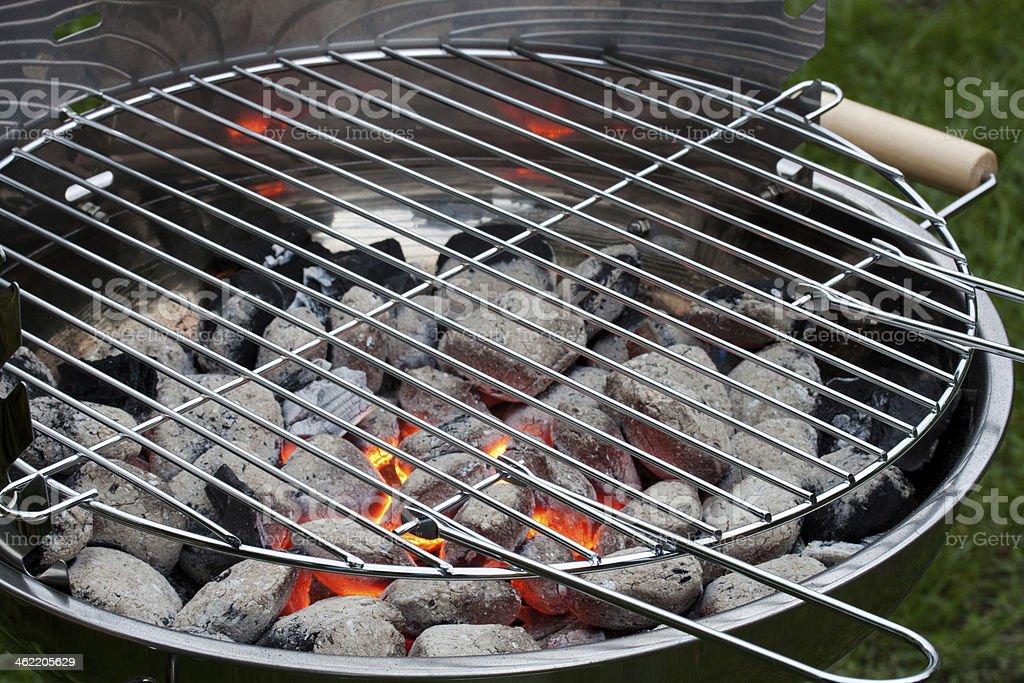 edelstahl grillrost stock photo