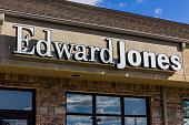 Edward Jones Consumer Investment and Financial Services Firm Location I
