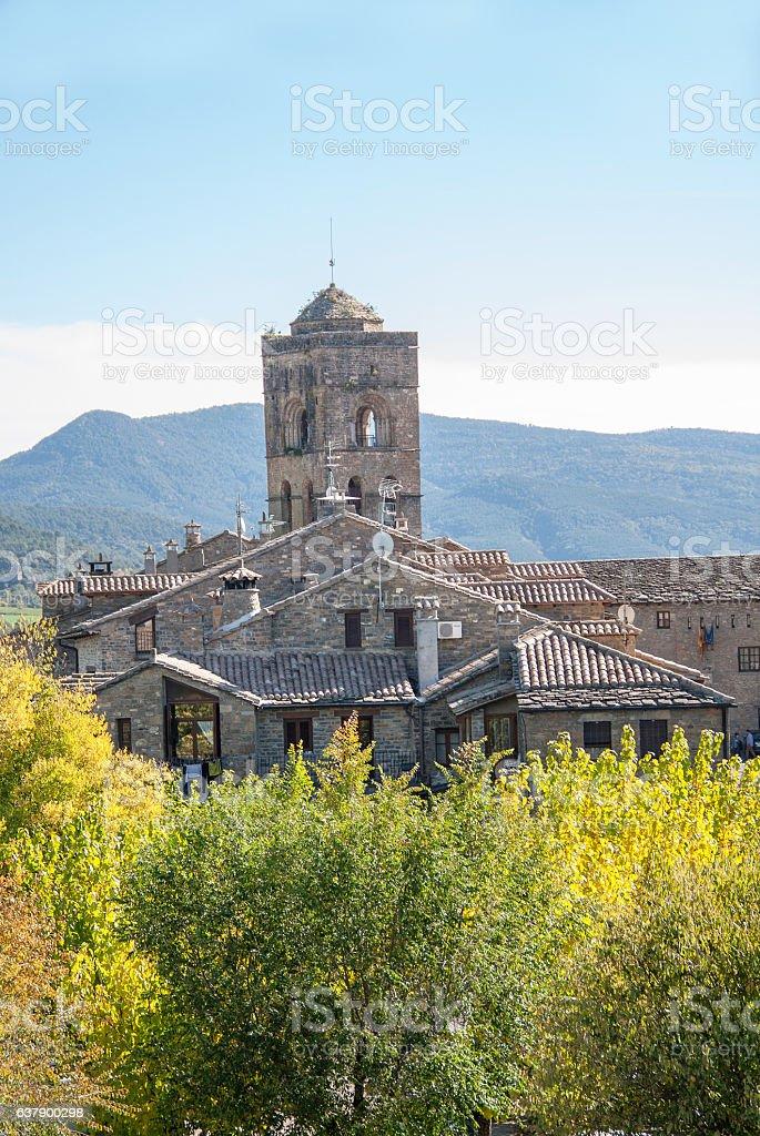 Eglise collégiale Santa Maria, Ainsa, Espagne, Europe stock photo