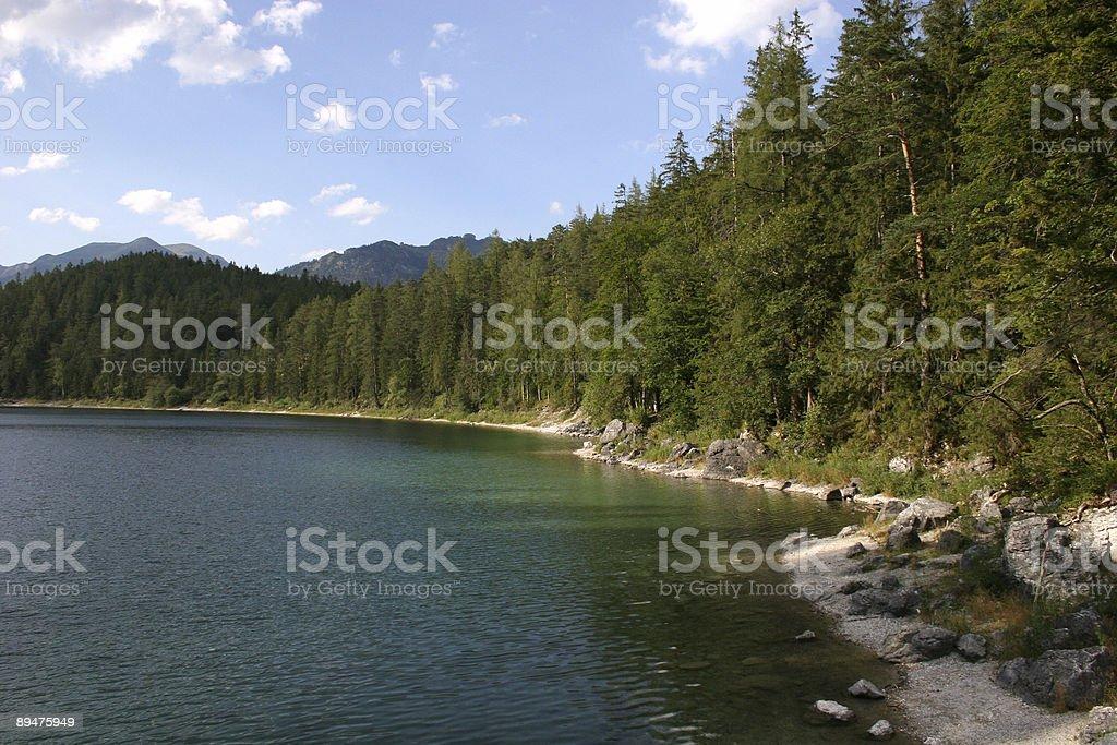 Eibsee Richtung Ammergebirge im Werdenfelser Land stock photo