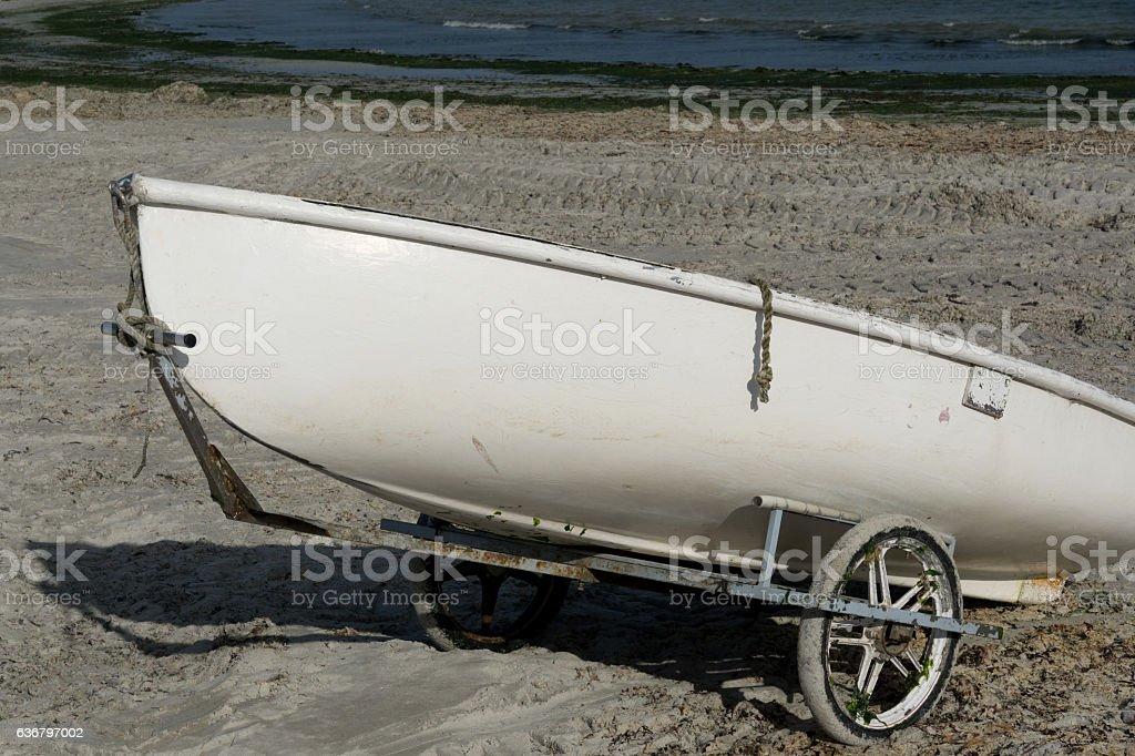 Ein Boot am Strand stock photo