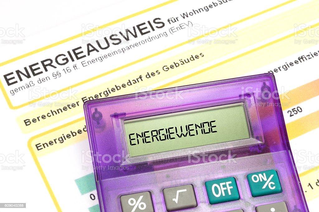 Ein Energieausweis und ein Taschenrechner stock photo