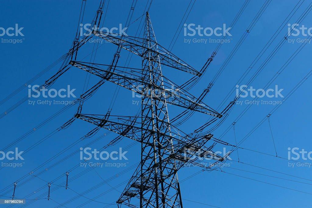 Ein Hochspannungsmast stock photo