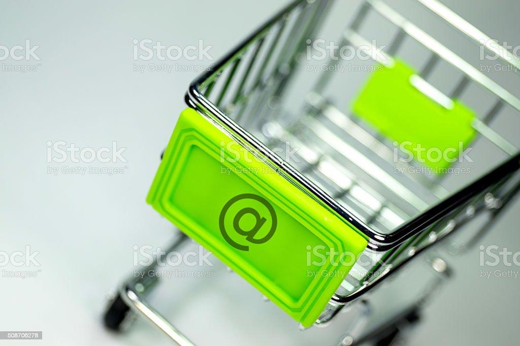 Einkaufswagen Onlineshop stock photo