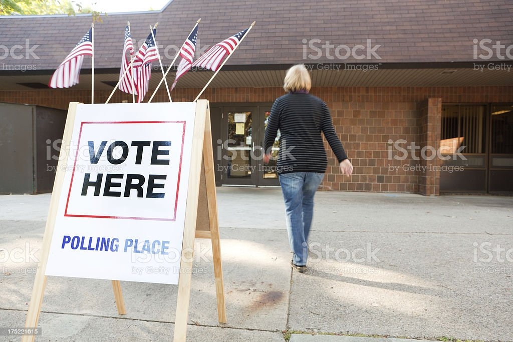 USA Election Voter Going to Polling Place Station Hz stock photo