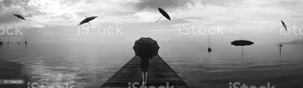 Elegante Frau Reparieren Vom Regen Von Schwarzen Sonnenschirme