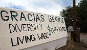 Embudo, NM: Handmade Sign Thanking Bernie Sanders: 'Gracias Bernie...'