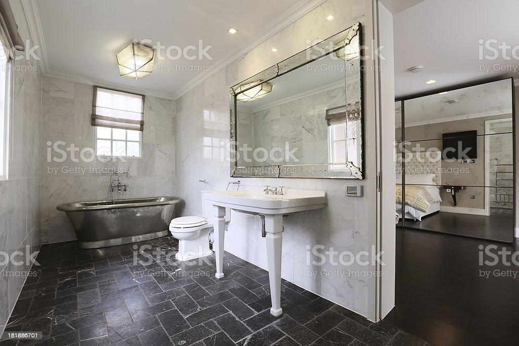 En suit Bathroom royalty-free stock photo