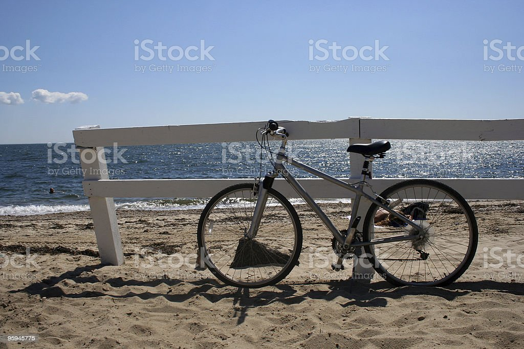 À la fin d'une longue vélo Ride- vélo paradis photo libre de droits
