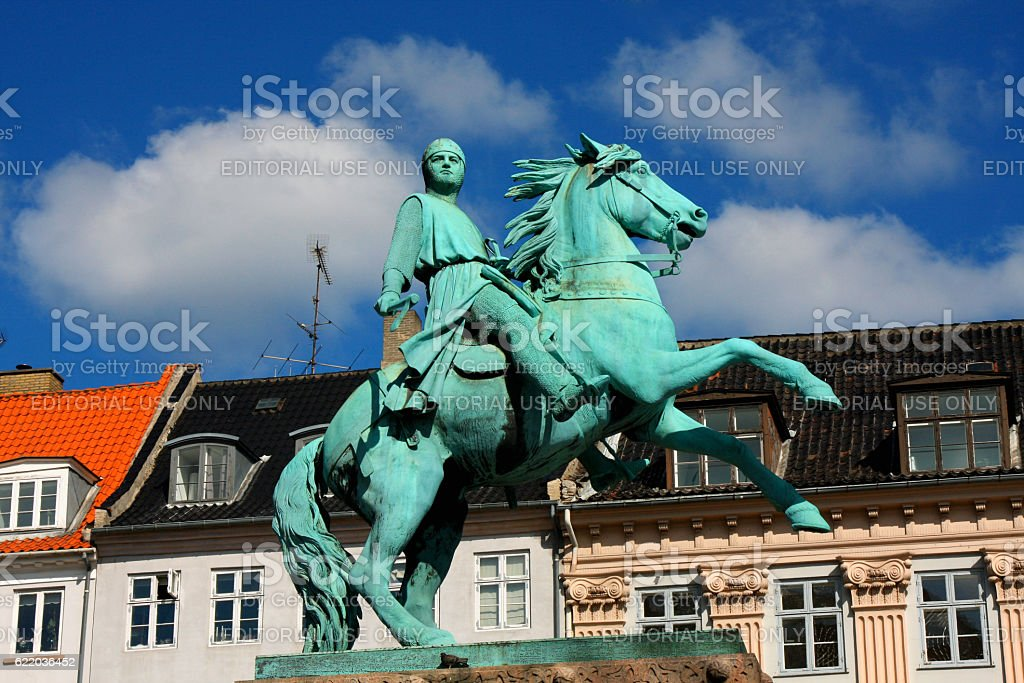 equestrian statue of Bishop Absalon and St Kunsthallen Nikolaj c stock photo