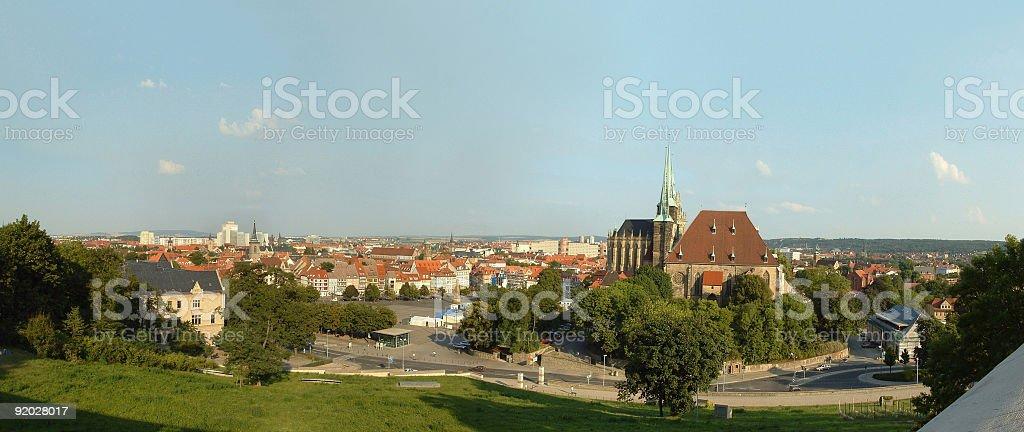 Erfurt mit Innenstadt und Dom von Zitadelle royalty-free stock photo