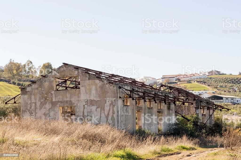 estacion de tren abandonada stock photo
