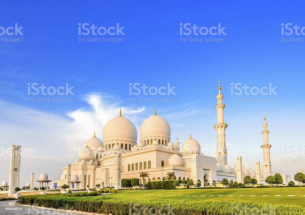 Evening light at the Sheikh Zayed Mosque in Abu Dhabi stock photo