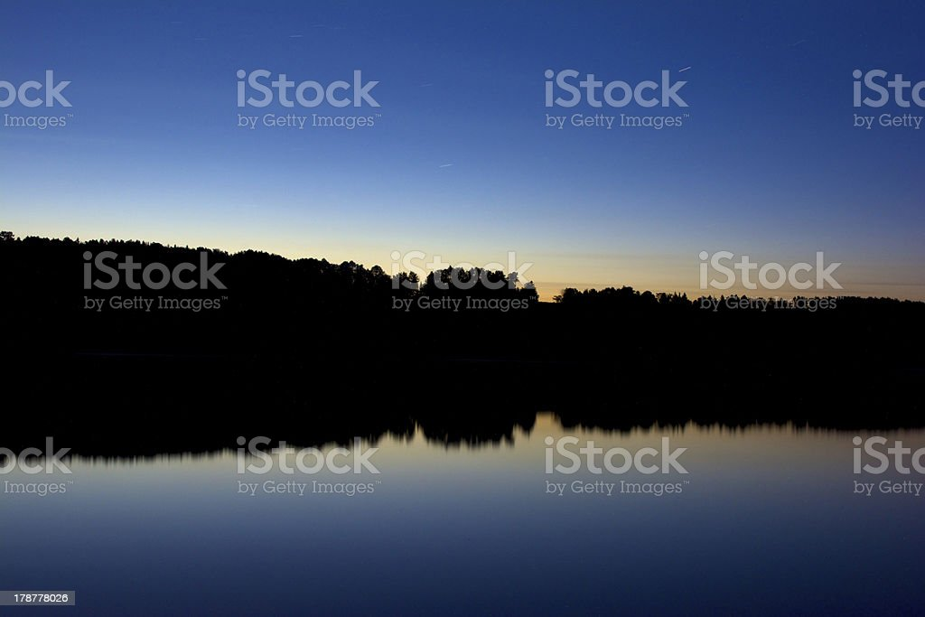 Abend auf den See Lizenzfreies stock-foto
