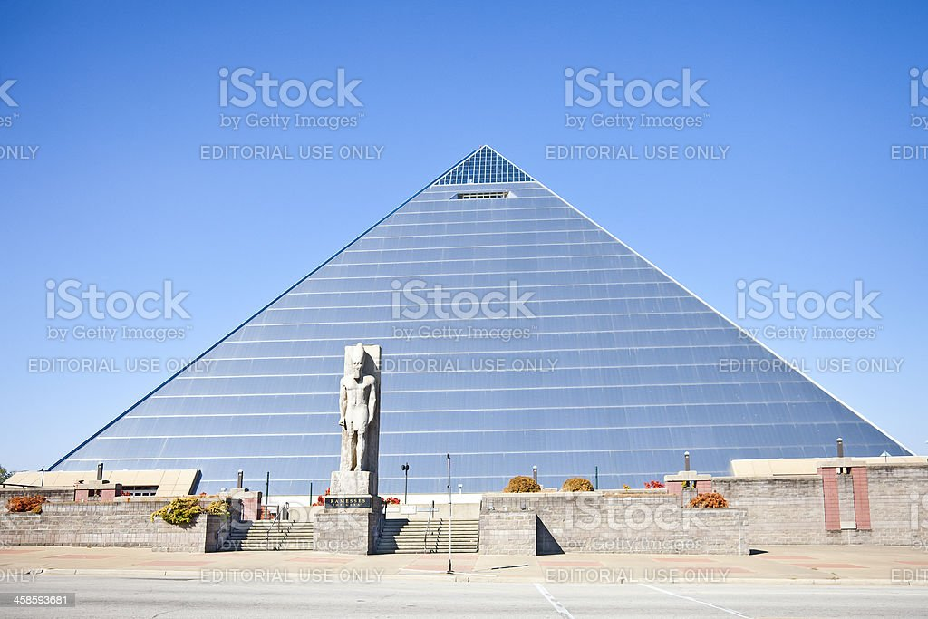 Exterior,Pyramid Arena: Memphis, Tennessee; Ramesses the Great statue stock photo