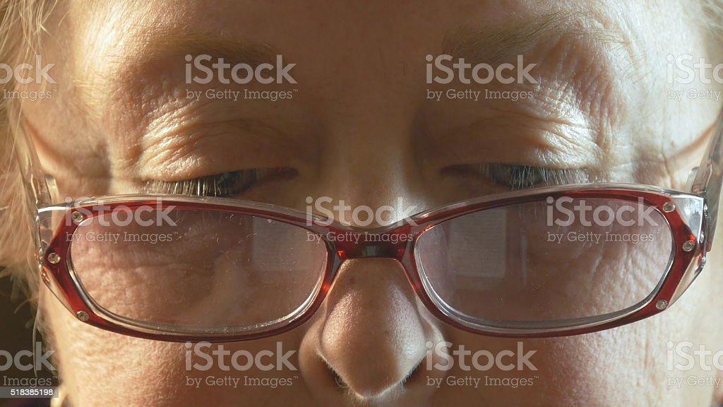 Ojos de mujer mayor foto de stock libre de derechos