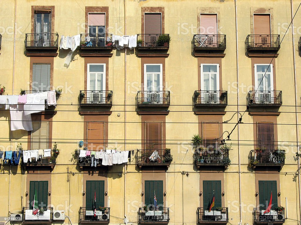 Fassade in Neapel, Italien royalty-free stock photo