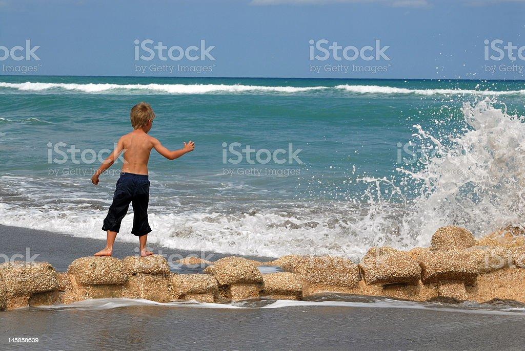 Mit Blick auf das Wasser Lizenzfreies stock-foto