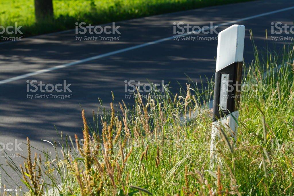 Fahrbahnbegrenzungspfosten stock photo