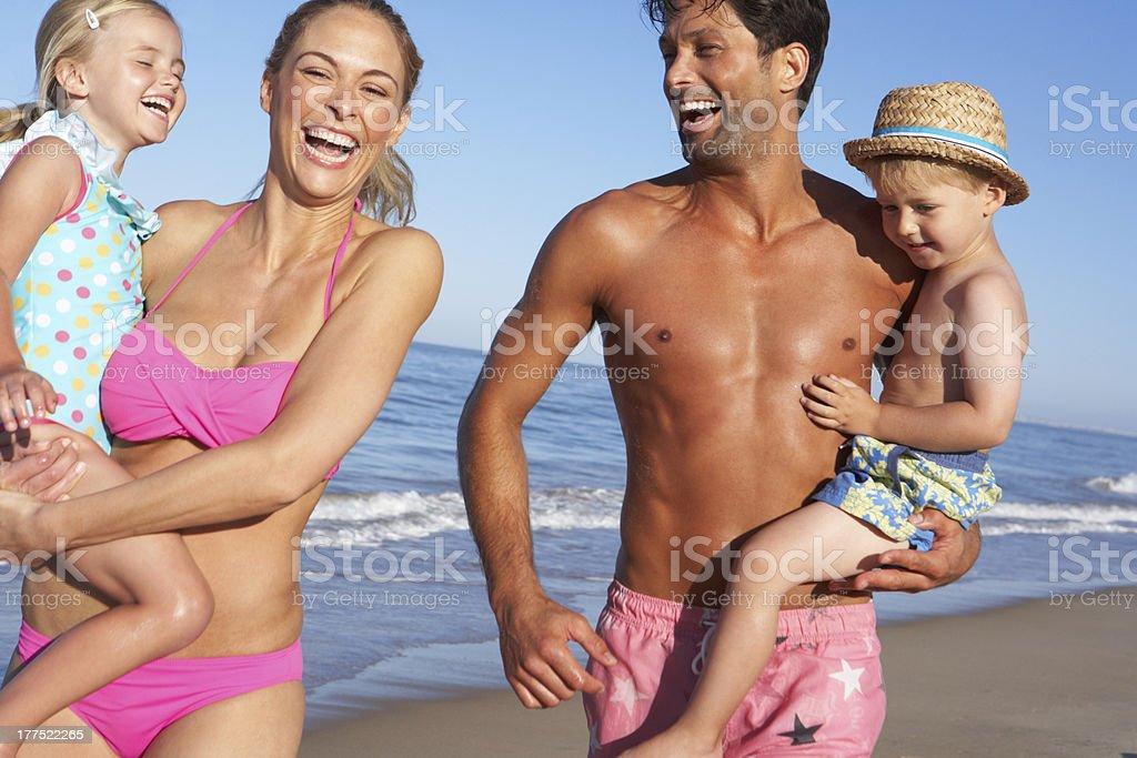 семейный нудизм фото смотреть