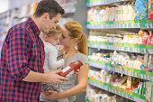 Family shopping for organic products